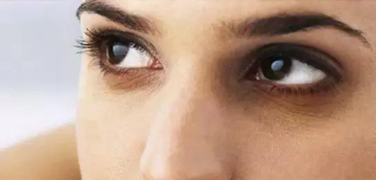幻眼国际高科技无痕祛除黑眼圈,签约服务有保障